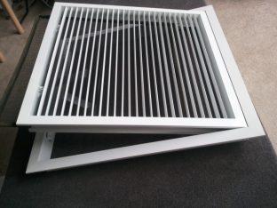 Cửa gió nan thẳng – 2 khung